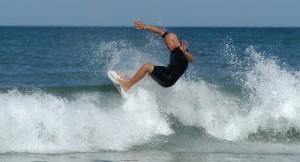 [IMAGE] Surfer