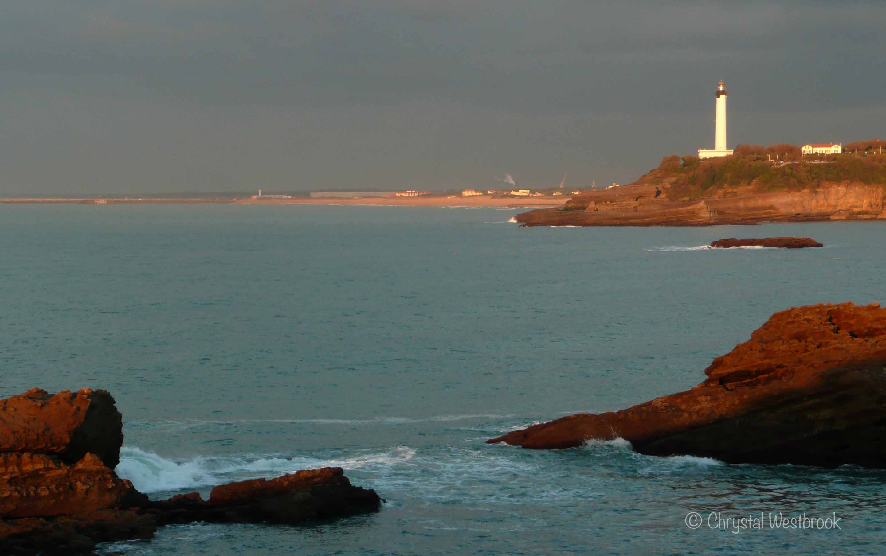 [IMAGE] Lighthouse in Biarritz